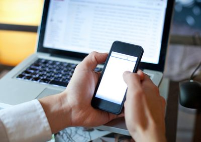 Fraunhofer-Studie: Mehr Sicherheit durch Dienst-Handys
